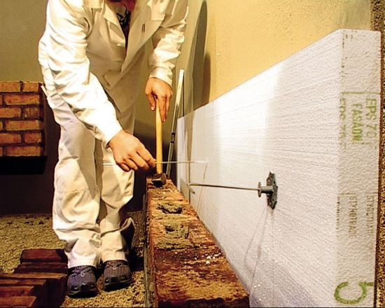 LIPEA - zateplení budovy s polystyrenem/ přizdívka z lícových cihel/ odvětrávaná fasáda z lícových cihel/ zateplení fasády/ www.lipea.cz