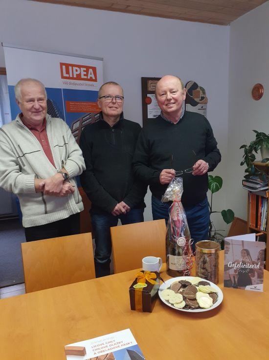 LIPEA - oslava 25.výročí/ na fotografii zleva Ing. Ludvík Hudrlík, Ing. Petr Viewegh, Ing. Jiří Viewegh