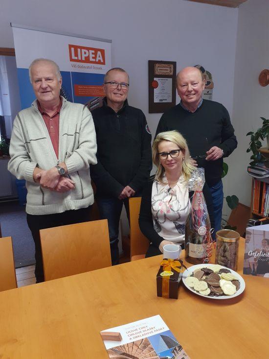 LIPEA - oslava 25.výročí/ na fotografii zleva Ing. Ludvík Hudrlík, Ing. Petr Viewegh, Ing. Jiří Viewegh, Michaela Kličková
