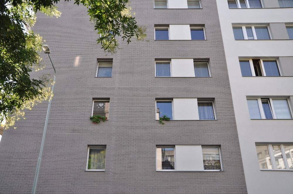 Revitalizace panelových domů na Žižkově v duchu tradice