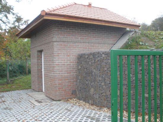 Vodojem Dobrovice_lícová cihla K 662 sintra lava azur/reference z pálených cihel/fasáda z lícových cihel/lícové zdivo/www.lipea.cz