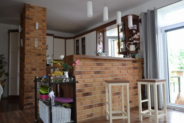 LIPEA - obkladové pásky R 695 sintra sabioso ocasa/lícové pásky/obklad kuchyně/obklady na barový pult/ pásky v interiéru/www.lipea.cz
