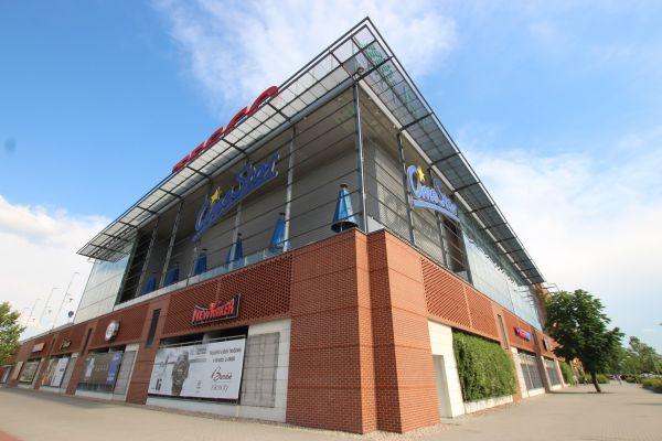 LIPEA - OC Futurum, Hradec Králové/ fasáda z lícového zdiva Buchholz/ lícové cihly na plot, fasádu, krb apod./ www.lipea.cz