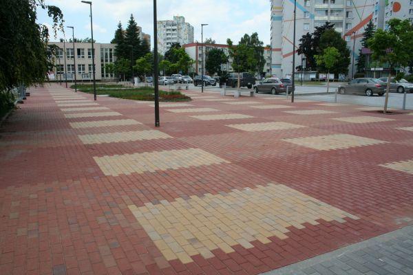 LIPEA - Malé náměstí Orlová-Lutyně, pálená cihlová dlažba Görlitz, Radeberg, Plauen/ dlažba na náměstí, parky, parkoviště, chodníky/ www.lipea.cz