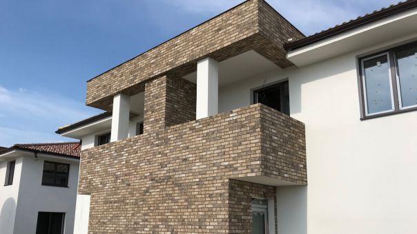 LIPEA - CAMBRIDGE 10, betonový obklad imitující pálenou cihlu/ materiál lehčený beton/ www.lipea.cz